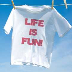 Camiseta Life Is Fun