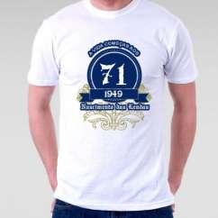 Camiseta A Vida Começa aos 71