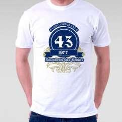Camiseta A Vida Começa aos 43
