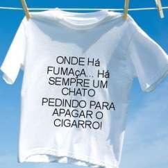 Camiseta Onde ha fumaca ha sempre um chato pedindo para apagar o cigarro