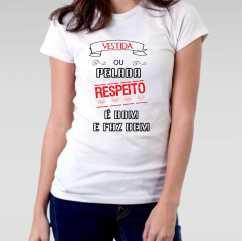 Camiseta Feminista Vestida ou Pelada