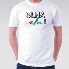 Camiseta Masculina OLHA ELA 2